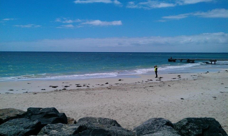 beach-652891_960_720